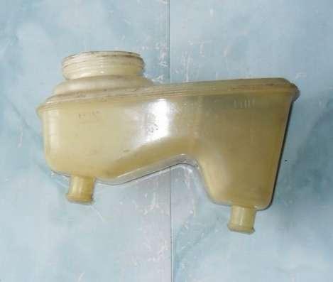Бачок главного тормозного цилиндра м 2141