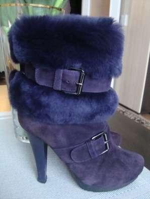 Ботинки утепленные замшевые