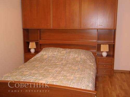 Сдаётся комната, Калининский р-н, Бутлерова ул., 13