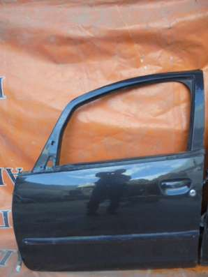 Митсубиси Кольт (Mitsubishi Colt) дверь