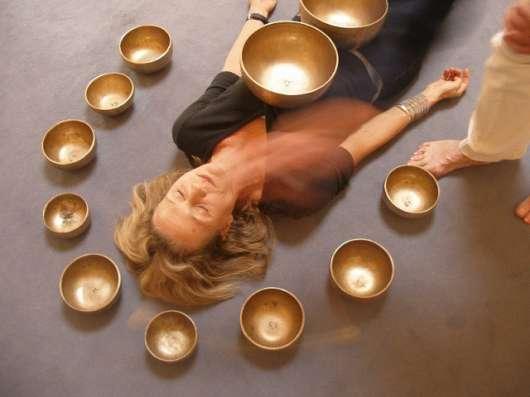 Индивидуально обучаю массажу поющими чашами