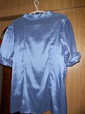 Кофточка летняя женская голубая шелк-стреч