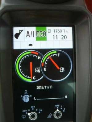 экскаватор Hitachi ZX200-5G в Великом Новгороде Фото 1
