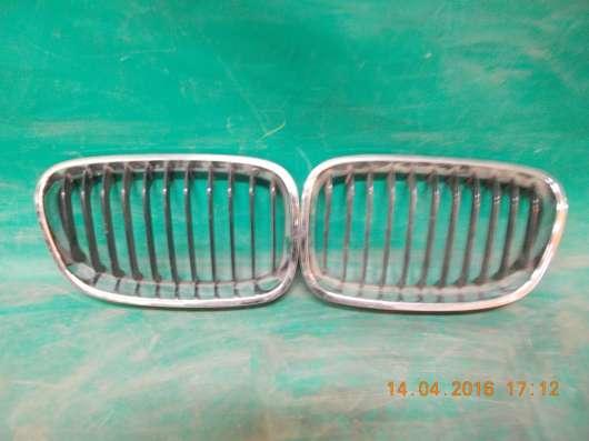 Решетка радиатора (ноздри) на BMW 5er E60 б. у
