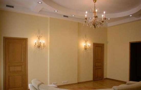 Комплексный или частичный ремонт помещений обои ламинат плит
