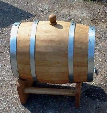 Дубовые бочки для вина, виски, коньяка