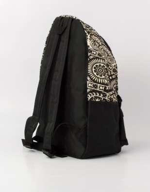 Рюкзак городской с черно-белым орнаментом в г. Запорожье Фото 2