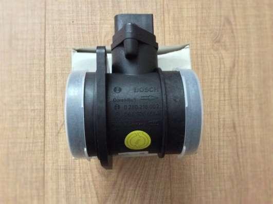 Расходомер воздуха 06A906461AX VAG