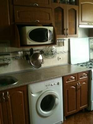 кухонная мебель+ СВЧ + вытяжка+ плита
