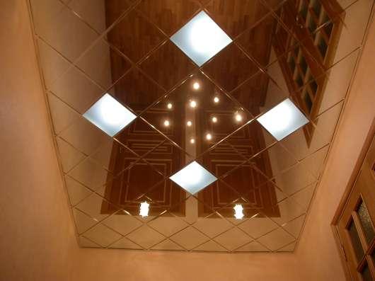 Стеклянные и зеркальные потолки в г. Караганда Фото 1