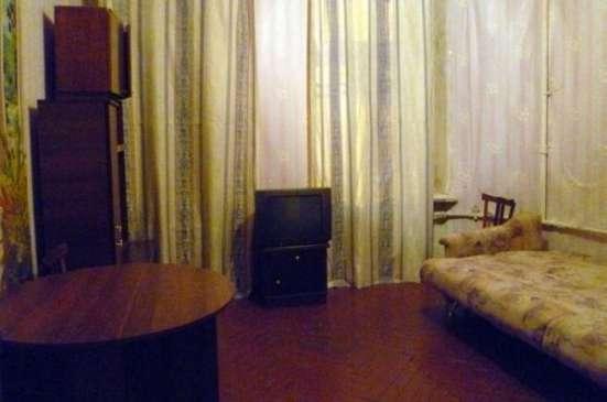 комнату за 1500000 руб. в 3-х комн коммунальной квартире