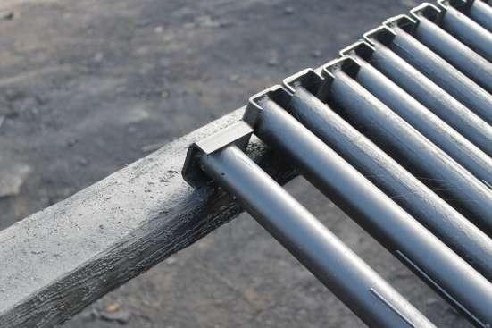 Предлагаем металлические столбы для забора