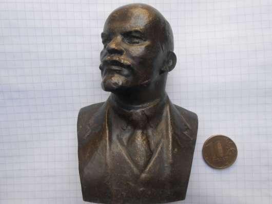 Бюстик Ленина в Москве Фото 1