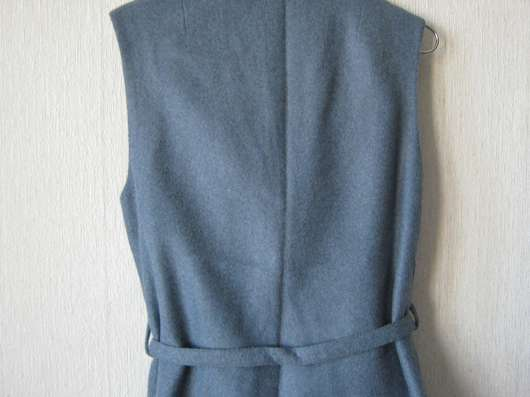 Костюм жилет и юбка, голубой. Голландия 44-46