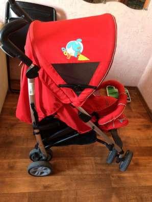 Продам прогулочную коляску Chicco URBAN