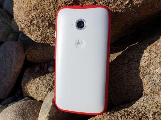 Motorola Moto E2 2015 (LTE) в Санкт-Петербурге Фото 1