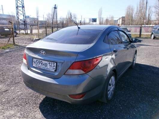 Продажа авто, Hyundai, Solaris, Механика с пробегом 133000 км, в Волжский Фото 3