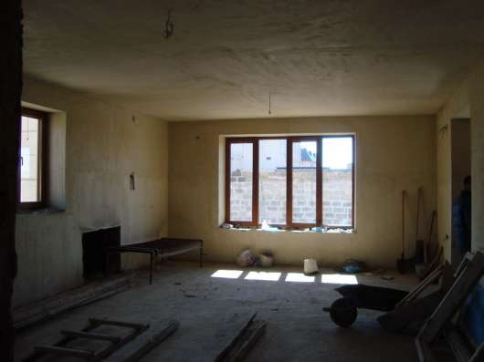 Красивый трехэтажный особняк в г. Ереван Фото 5