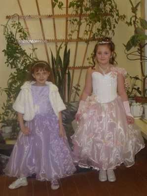 Детское бальное платье подойдет для новогоднего праздника